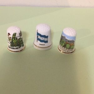 Set of three vintage thimbles collectibles